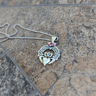 Irish Fest Claddagh Necklace