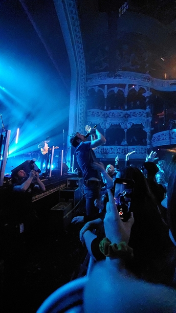Blog Jessi Photo of The Coronas at Olympia Theater